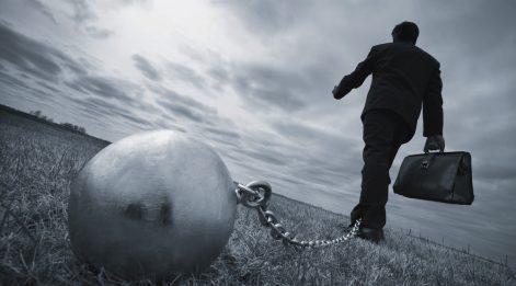 Çetin Ünsalan Yazdı: 'Tüketici borcu 100 milyar dolarda tutunuyor'