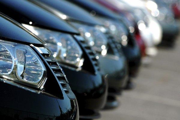 Otomotiv satışları vergi indirimine rağmen daraldı
