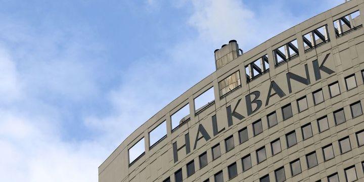 Halkbank'tan 1,1 milyar TL'lik TLREF'e endeksli dört farklı bono ihracı