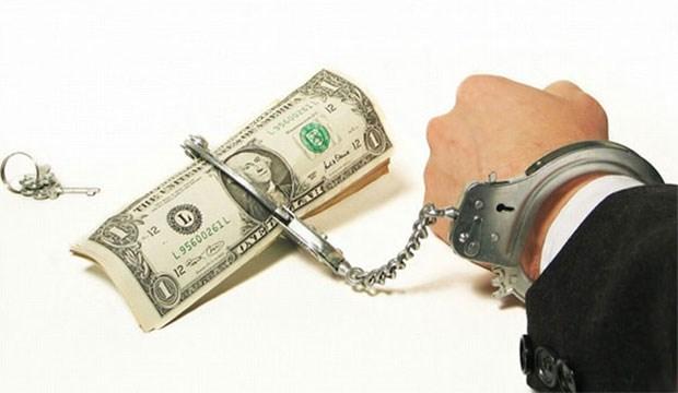 Özel sektör önümüzdeki bir yılda 59.5 milyar dolar geri ödeyecek