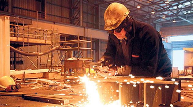 Sanayi Üretimi Ağustos'ta Beklenti Üzerinde Arttı!
