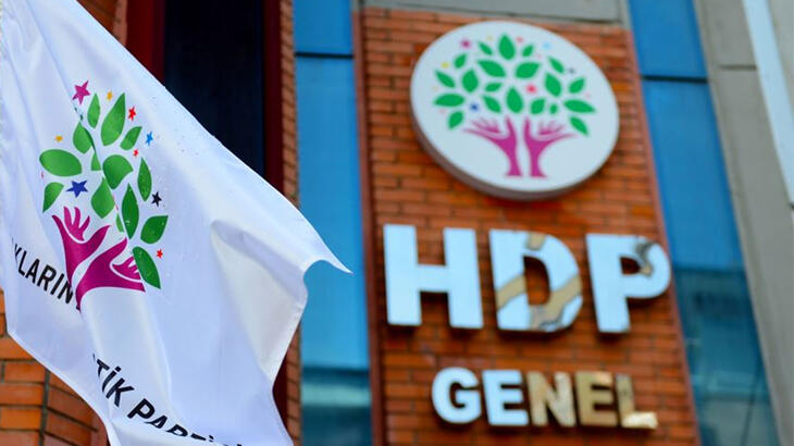 AYM Raportörü HDP iddianamesinin iadesini istedi ama…