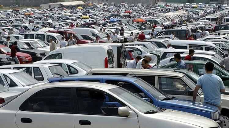 Trafiğe kaydı yapılan taşıt sayısı geçen yılın aynı ayına göre yüzde 81,0 arttı