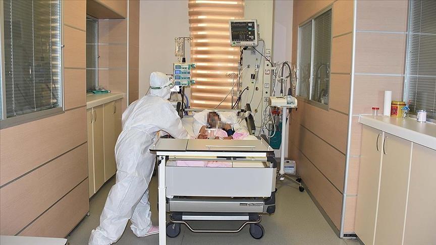 Covid-19:  Uzmanlar  uyarıyor:  Aşı yoksa, salgın bitmez