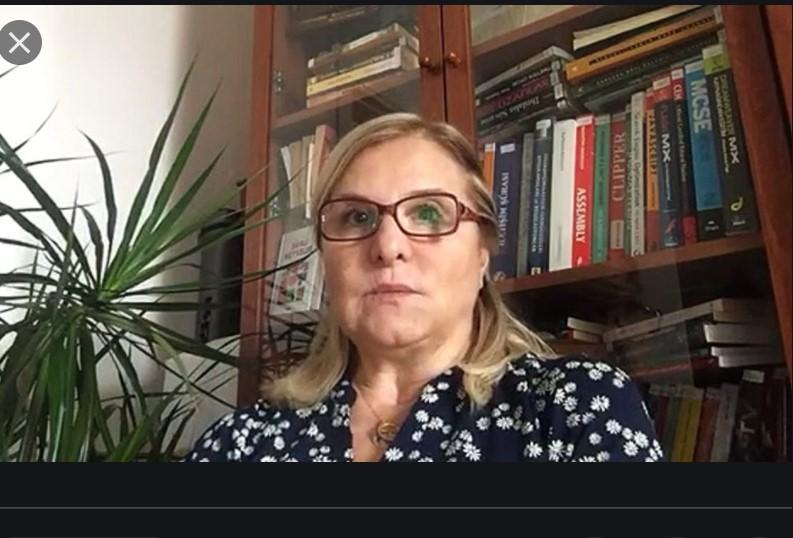 """FÖŞ Füsun Sarp Nebil'i konuk etti:  Türkiye'de Dijital Altyapı ve İnternetin """"Hal-i Pürmelali"""""""