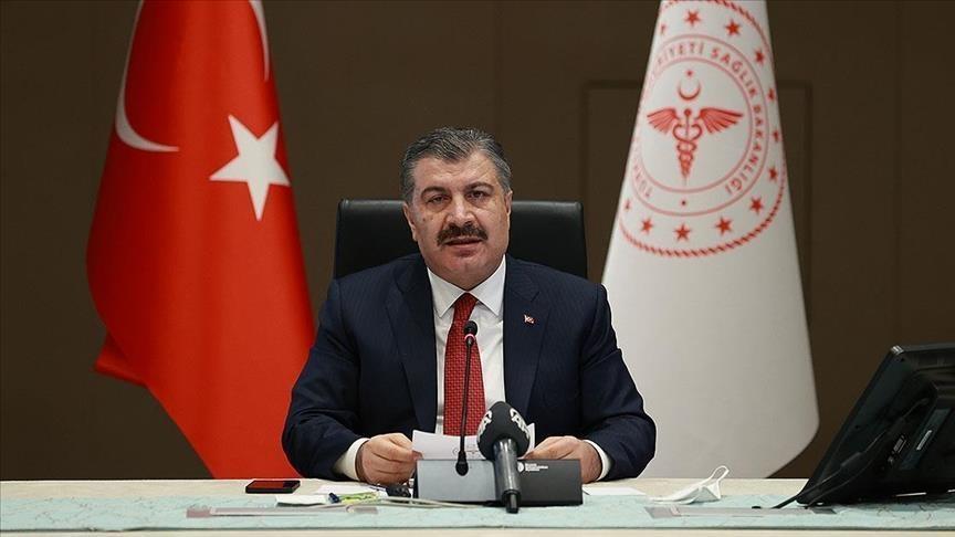 Sağlık Bakanı Fahrettin Koca: Okullar kapanmayacak