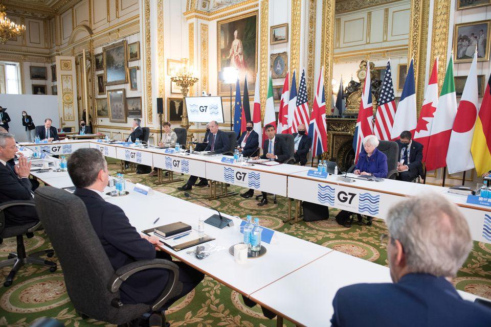 """Güldem Atabay: Biz """"batan gemiyi"""" izlerken G7 """"Küresel Asgari Vergi"""" konusunda anlaştı…"""