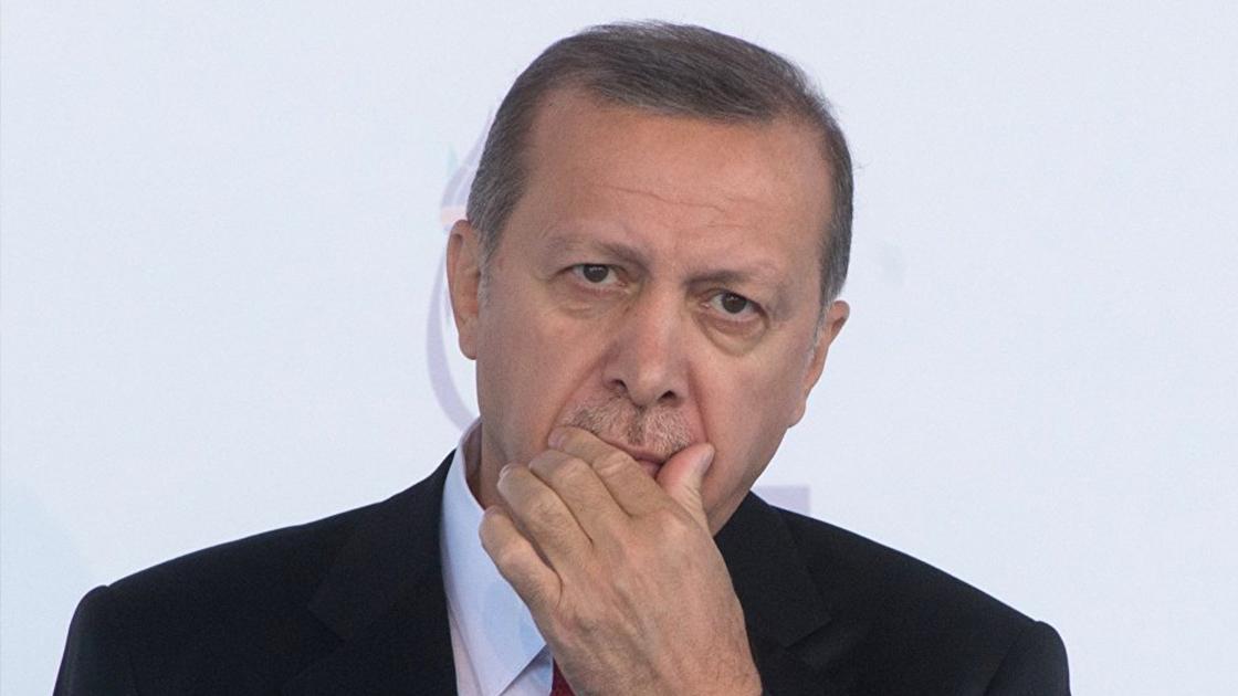 Anketlerde bugün: AKP gelecek seçimde gidecek; Saray'a güven yok